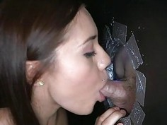 Nicelooking playgirl gives a oral sex experience