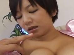 Asian babe swallows hard cock for enjoyable blowjob