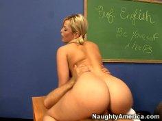 Fabulous blonde babe Alexis Texas rides cock on the teacher's table