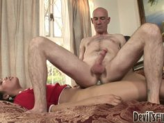 Freaky shemale Carmen Moore hasa fetish for mature ugly guys