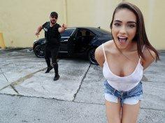 Sexy thief tried running away