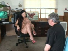 Luscious Lopez in fishnet pantyhose shows her slit
