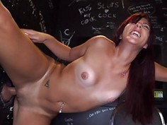 Adorable cutie dazzles with wanton shaft engulfing