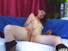Pale Granny Jindra Receives Big Dick From Behind