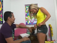 Hot juicy blonde Becky lets Brannon Rhodes lick her pussy