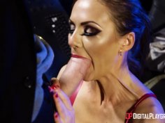 When the tension builds up a quickie with an incredible brunette is the solution