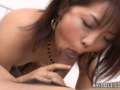 Full of emotions slut Bunko Kanazawa does her best for pleasing a dick