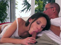 Nataly Von comes on to her old stepdad