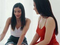 Italian lesbian Valentina Nappi licks pussy and dildo fucks tight anus