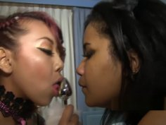 lonni bella strapon freaks kimberly chi