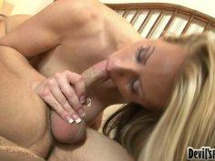 Voracious blonde mommy Carolyn Reese tops huge dick