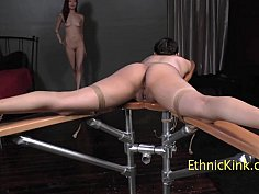 Leah hart tickles nentl avril