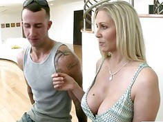 Julia Ann and Chloe Amour nasty threeway on the couch