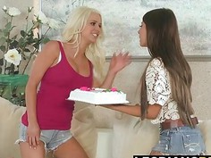 Spencer Scott gets licked by a big titted babe Madison Ivy