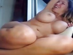 Chick has a big orgasm with the lovense toy
